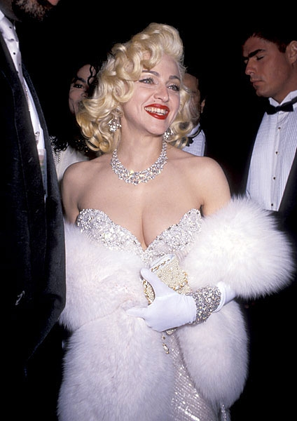new-madonna-academy-awards-03251991-617-600